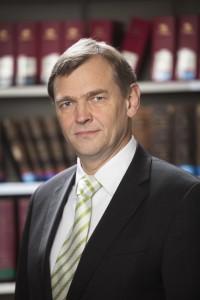 Prof_Henssler