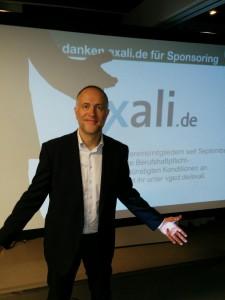 Vor dem Start in Hamburg: Foto für Sponsor exali.de