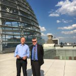Nach der Veranstaltung ist noch kurz Zeit für einen Blick vom Reichtstag auf Berlin