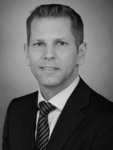 """Martin Morlok ist Mitglied der Arbeitsgruppe """"Rentenpflicht"""". Er unterstützt seit 17 Jahren vor allem Banken im deutschsprachigen Raum als Berater im Projekt- und Programmmanagement."""