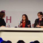 Panel mit der BMAS-Staatssekretärin Yasmin Fahimi sowie Isabel Rothe von der Bundesanstalt für Arbeitsschutz und Arbeitsmedizin