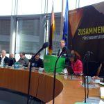 MdB Markus Kurth, der rentenpolitische Sprecher der Grünen, begrüßt die Teilnehmer