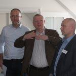 Joachim Groth von der IT-Projektgenossenschaft eG zwischen Andreas Lutz und Uwe Neubürger (.DBITS)