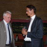 Im Gespräch mit Dr. Achim Bertuleit vom Bundeskanzleramt (links): BDD-Geschäftsführer Jochen Clausnitzer