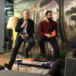 Andreas Lutz mit Moderator Robin Sontheimer im WeWork Hackescher Markt