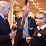 VGSD-Mitgied Thomas Andersen diskutiert mit Prof. Stefan Sell und Reinhard Richter, Foto: IKKeV