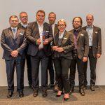 Preisträger Marcello Danieli mit den anwesenden Preisträgern der Vorjahre, darunter Christa Weidner und Tim Wessels, Foto: Bonhoff-Stiftung, Katja Hoffmann