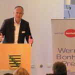 Dr. Andreas Lutz hält ein Grußwort für den VGSD, Foto: Jonas Kuckuk