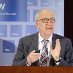 Dr. Karl Lichtblau bei seinem Vortrag, Foto: Stefan Obermeier
